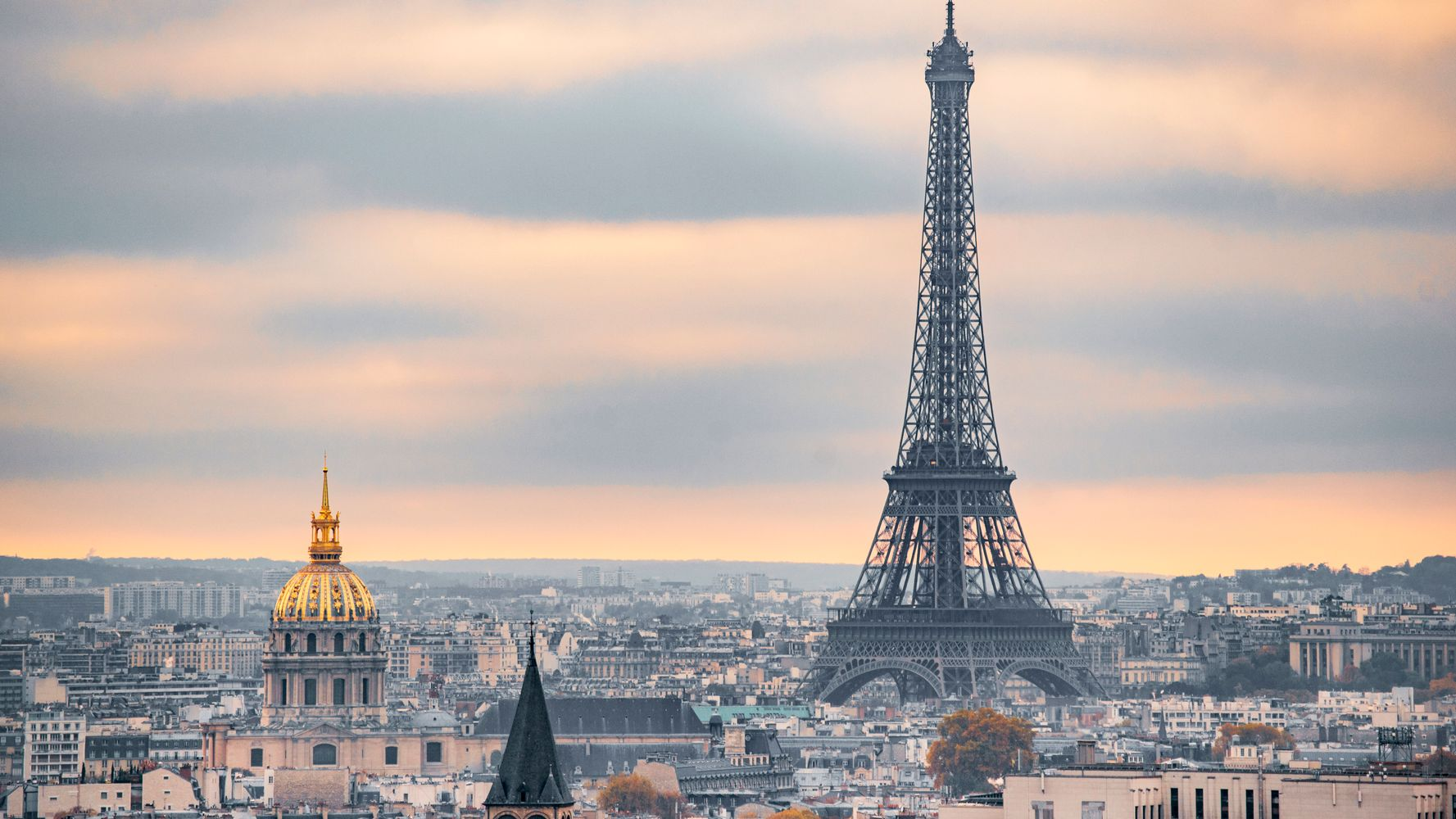 15 Mistakes Tourists Make While Visiting Paris